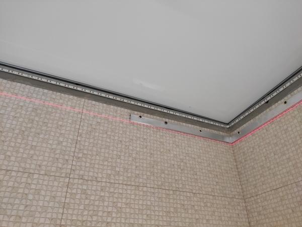 световые натяжные потолки с подсветкой по периметру